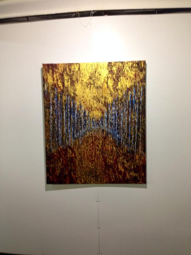 """""""Prospettiva nella foresta blu e oro"""" di Alessandra Mussolini.  Foto Safarik Art Magazine"""