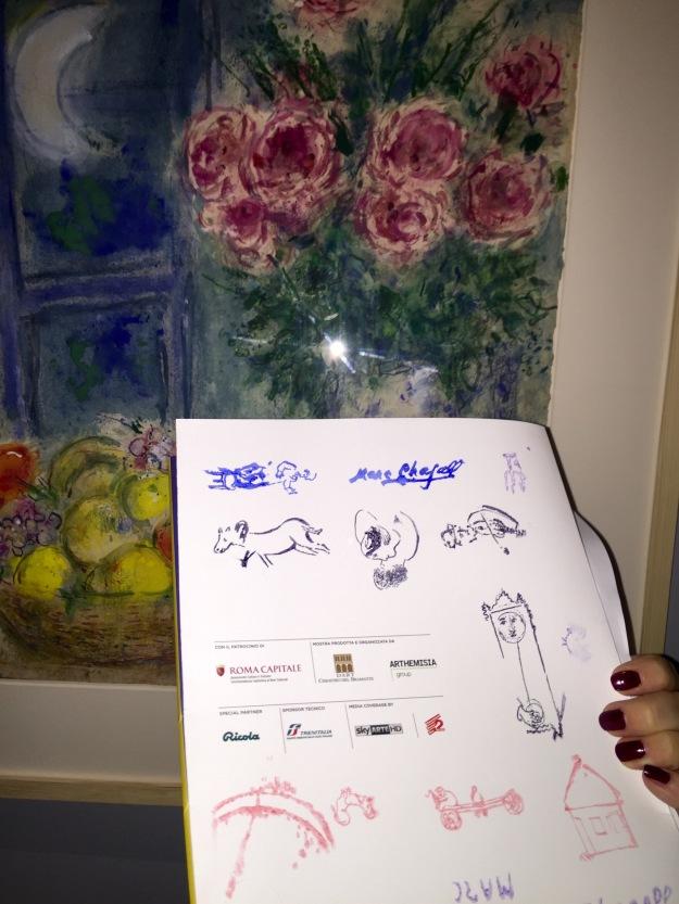 Marc Chagall, Senza titolo (Natura morta con fiori e frutta) , gouche, particolare ambientato. Foto Safarik Art Magazine
