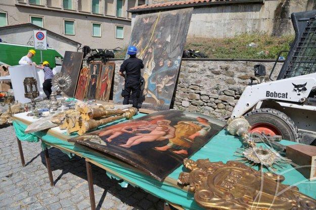 Amatrice - Recupero dei beni culturali dopo il terremoto del 24-08-2016 nel centro Italia © Foto protezione civile