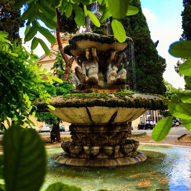 Fontana delle Cariatidi - Piazza dei Quiriti - Roma. Foto Safarik Art Magazine