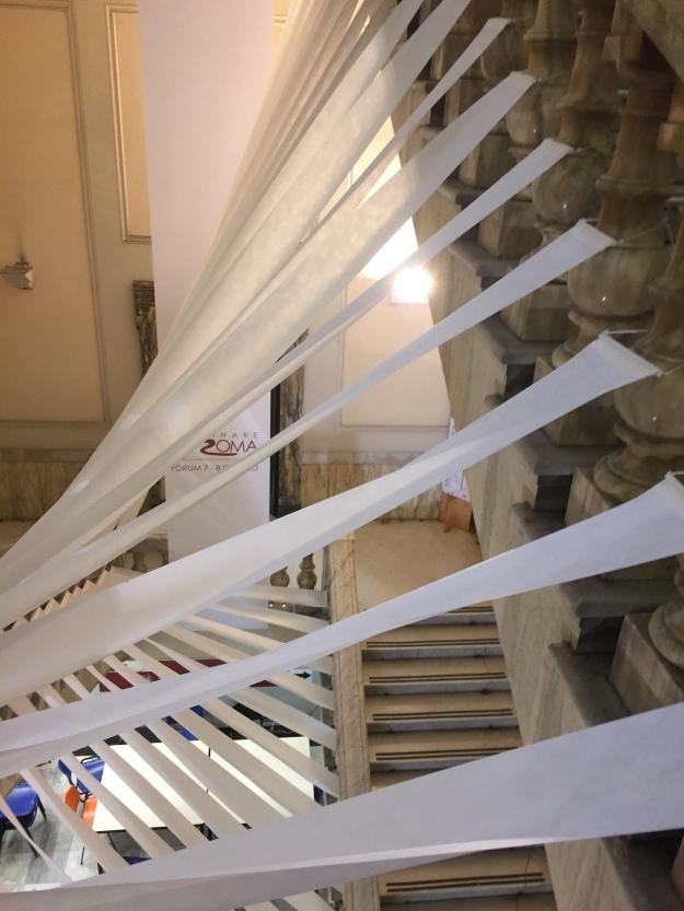 Interno della Facoltà di Architettura de La Sapienza di Roma in Piazza Borghese 9. Foto Safarik Art Magazine