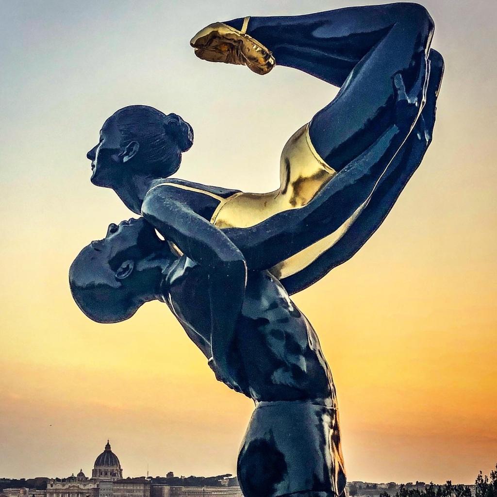 """Carole A. Feuerman, """"Fire & Harmony"""", Roma, Terrazza del Pincio, particolare della scultura"""